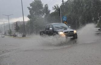 Meteoroloji'den 6 il için şiddetli sağanak uyarısı