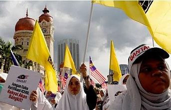 Yeni Malezya'da değişim sancısı - Mehmet Özay