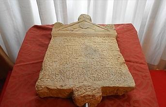 1800 yıllık Lidya yazıtı Anadolu Medeniyetleri Müzesi'nde