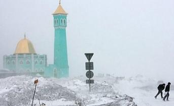 Dünyanın en kuzeyindeki Nurd Kamal camii ve Ruslar