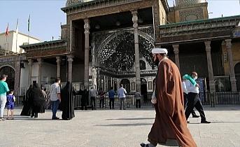 Tahran'da COVID-19 kısıtlamaları yeniden gündemde