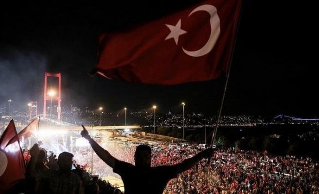 15 Temmuz işgal girişimi 27 Nisan e-muhtırasıyla başladı