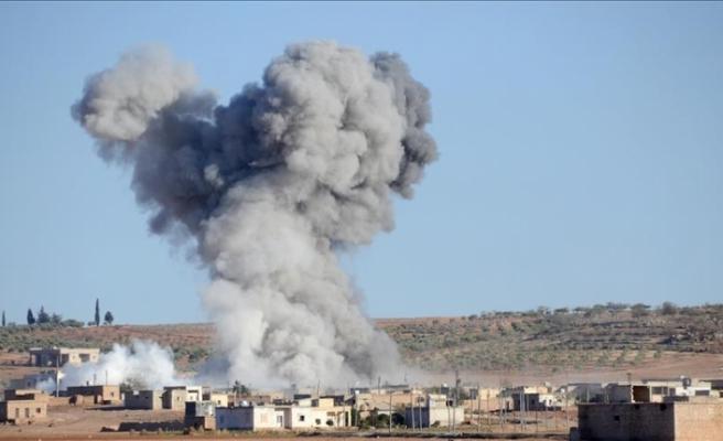 ABD uçakları Suriye rejimini vurdu