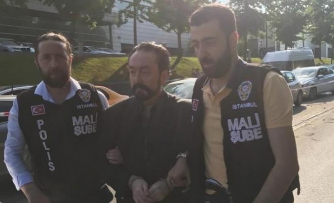 Adnan Oktar grubuna operasyon, Oktar da gözaltında