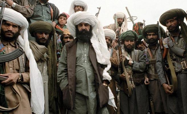 Afgan hükümeti Taliban'ı ikna etmeye çalışıyor