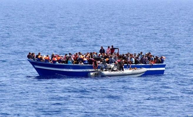 Akdeniz'de kurtardılar, Libya'ya geri götürdüler
