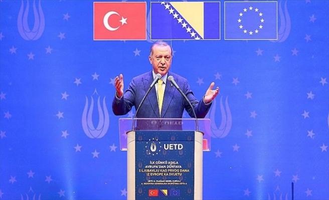 Alman istihbaratı Türk derneğini izlediğini itiraf etti