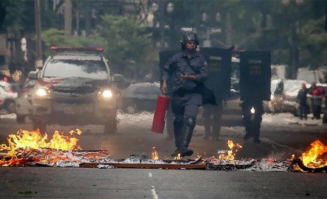 Brezilya'da otobüsler yakılıp kamu binalarına ateş açıldı