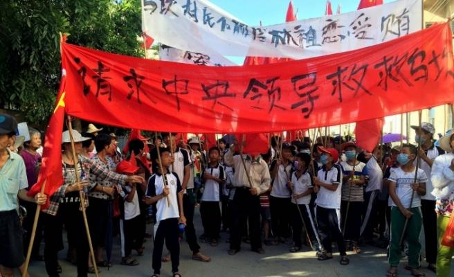 Çin'den cenazelere zulüm
