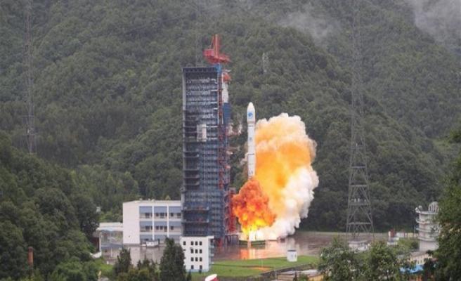 Çin'den uzaya ikiz navigasyon uydusu