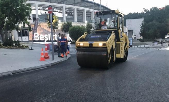 Dolmabahçe'de çöken yol onarıldı