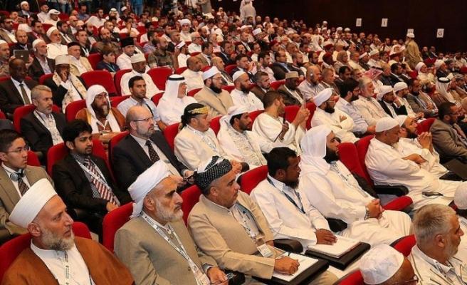 Dünya Müslüman Alimler Birliği Türk halkını tebrik etti