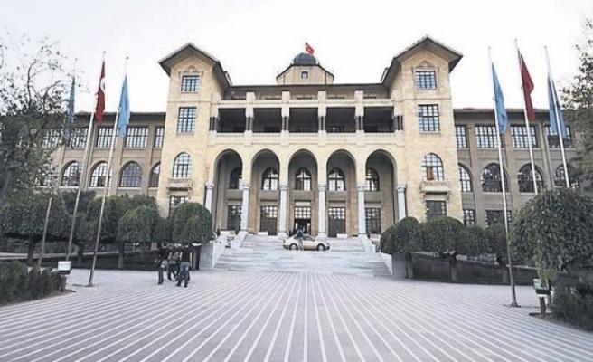 Gazi Üniversitesi'ne FETÖ operasyonu
