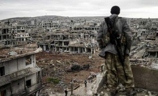 İran Suriye'den çıkmayacak