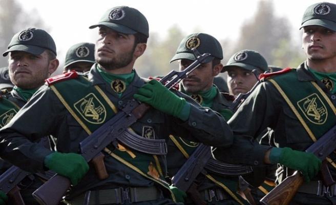 İran'da ABD yaptırımları siyasi kavgaya dönüşüyor