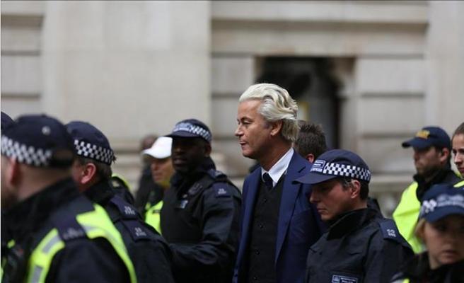 İslami kuruluşlar ırkçı Wilders'in yargılanması için ısrarlı