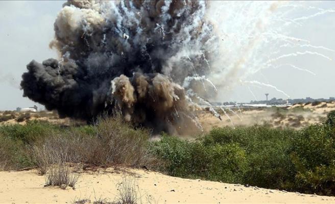 İsrail uçaklarından Gazze sınırına roket saldırısı