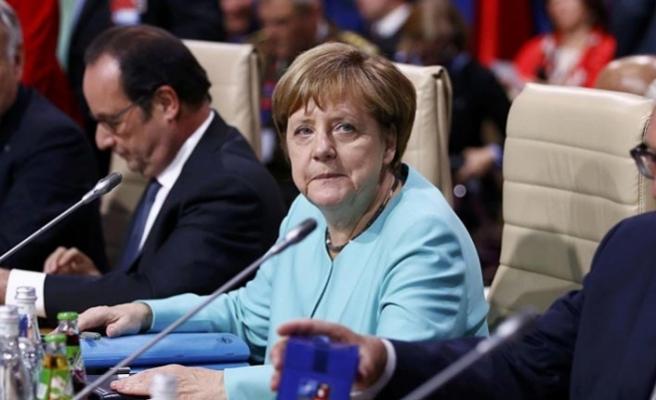 Merkel'den NATO Zirvesi değerlendirmesi