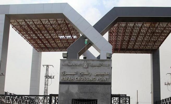 Sisi yönetimi Refah Sınır Kapısı'nı süresiz kapattı