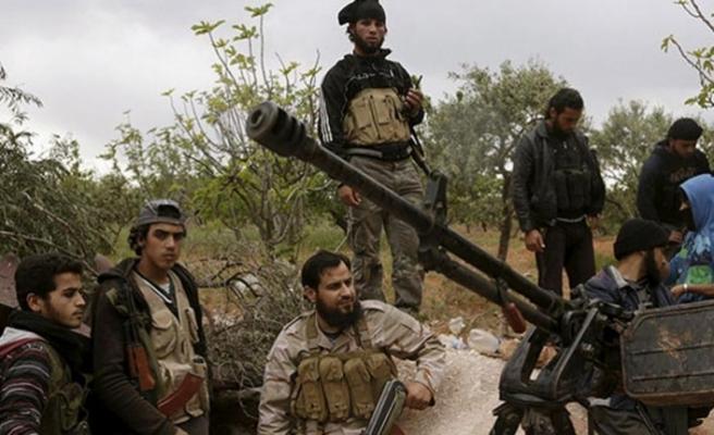Suriye'de muhalifler ve rejim yanlıları takası başladı