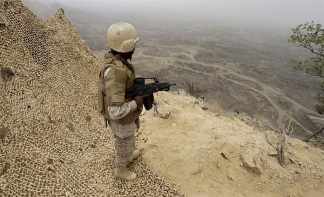 Suudi ordusu Yemen sınırında bazı bölgeleri ele geçirdi