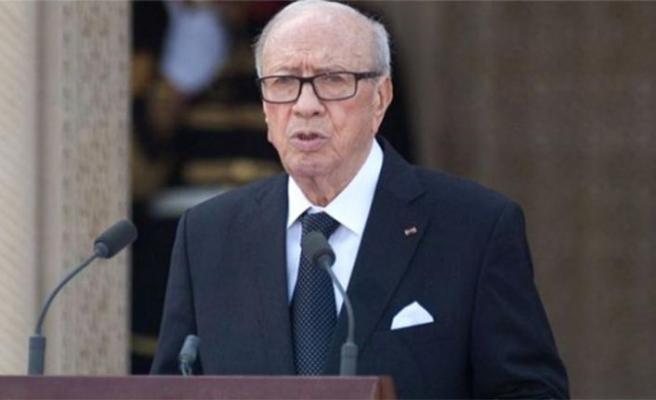 Tunus Cumhurbaşkanı Sibsi'den eski partisine çağrı