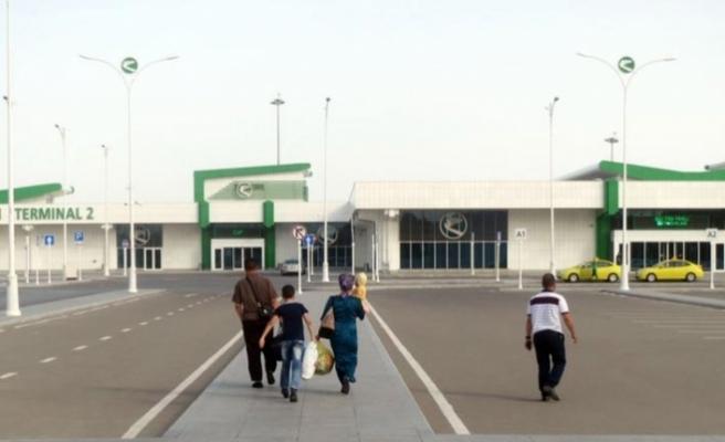 Türkmenistan'dan yurt dışına para çıkışı sınırlandırıldı