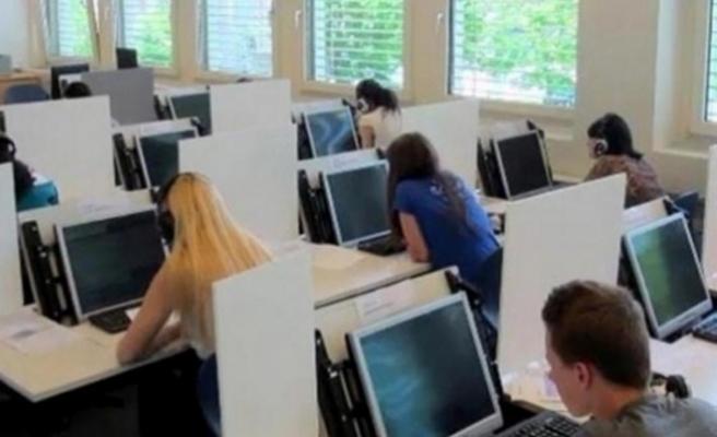 Yabancı Dil Sınavı 'Üçlenecek'