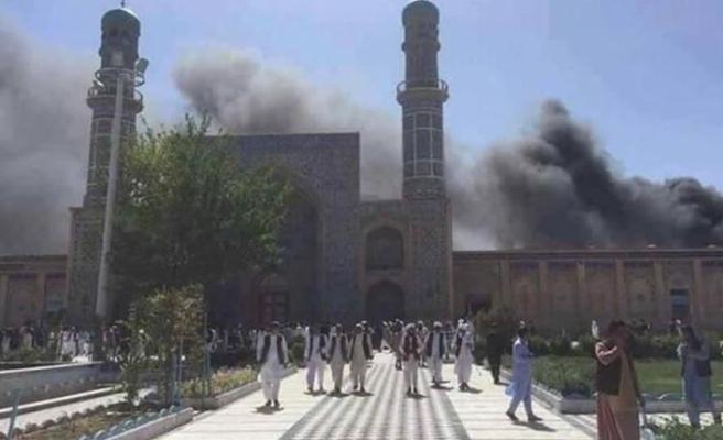 Afganistan'da cuma vakti intihar eylemi