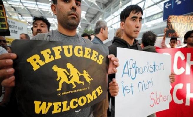 Almanya 46 Afgan mülteciyi daha sınır dışı etti