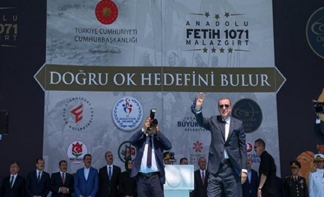 Cumhurbaşkanı Erdoğan Malazgirt'te konuştu