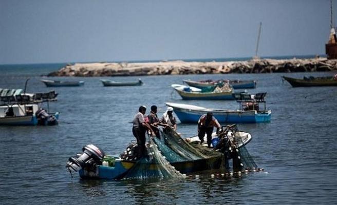 Deniz işgali Gazzeli balıkçıları zorluyor