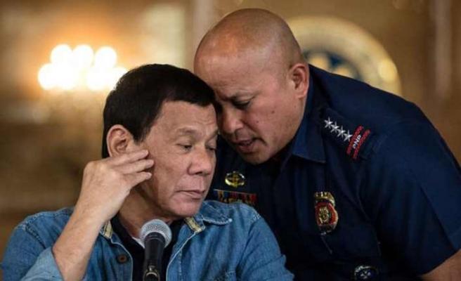Duterte UCM'ye şikayet edildi
