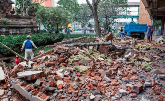 Endonezya depreminde kayıplar 91'e ulaştı