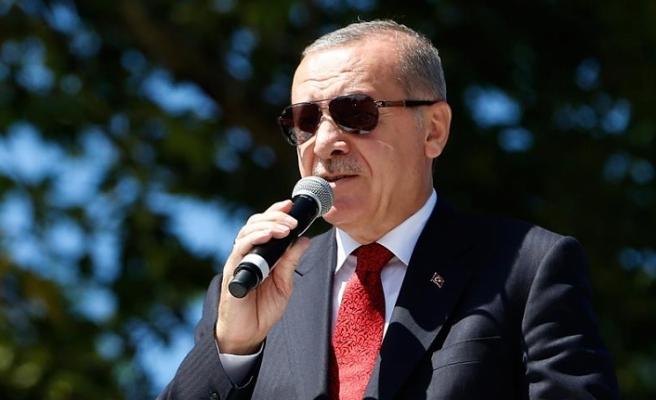 Erdoğan: Ölürüz de aşağılanmaya rıza gösteremeyiz