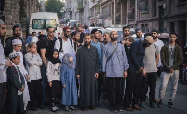Farklı ülkelerden İslam'ı öğrenmek için Türkiye'ye geldiler