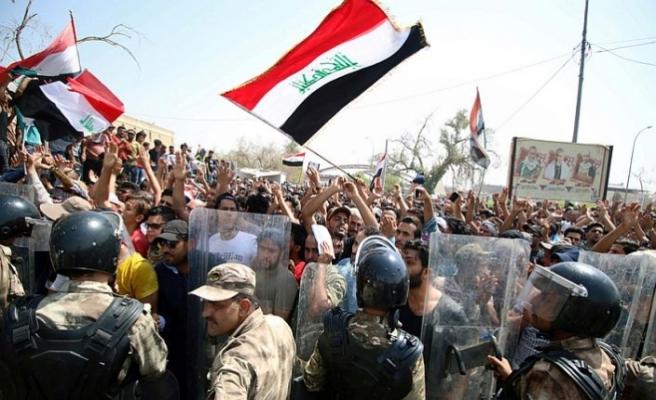 Irak'ta gösteriler bir çok şehirde yeniden başladı