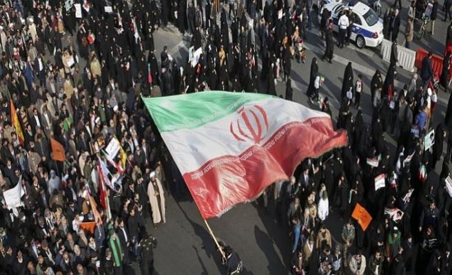 İran'da protestolar başkente sıçradı