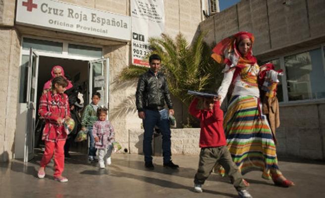İspanya göçle mücadele için komuta merkezi kuracak