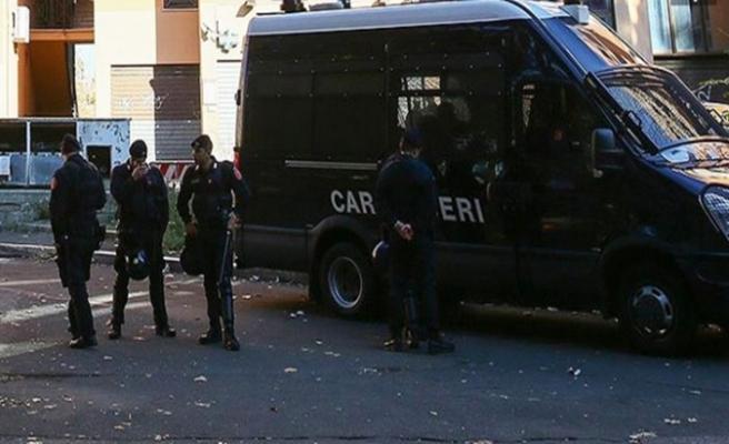İtalya'da Lig partisi binasına bombalı saldırı