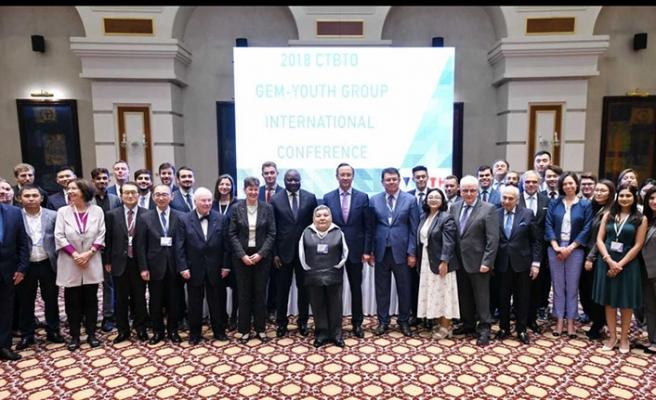 Kazakistan, Nükleer karşıtı anlaşmaya imza atıyor