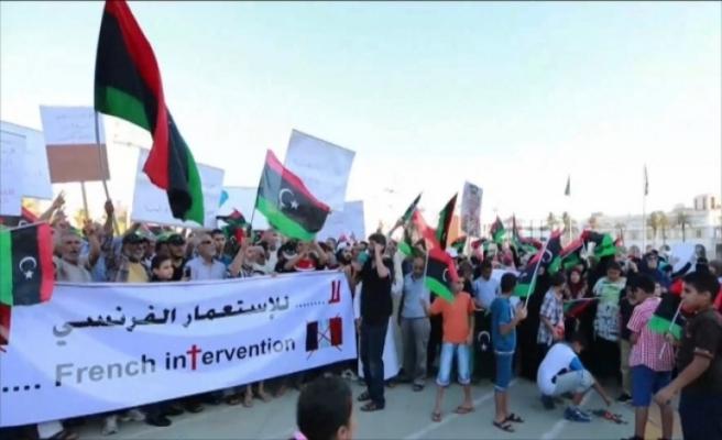 Libya'da İtalya'ya karşı protesto