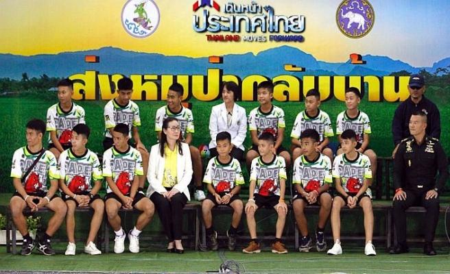 Mağaradan kurtarılan çocuklara Tayland vatandaşlığı