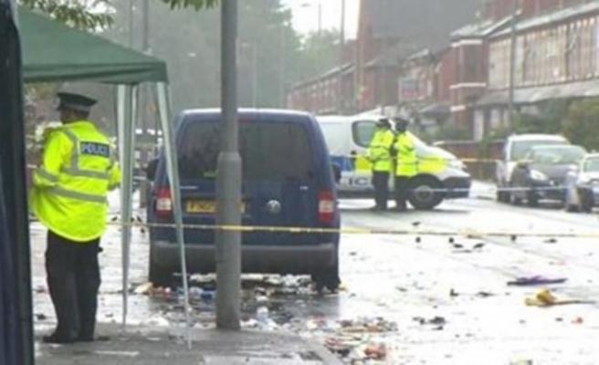 Manchester'da silahlı saldırı: Yaralılar var