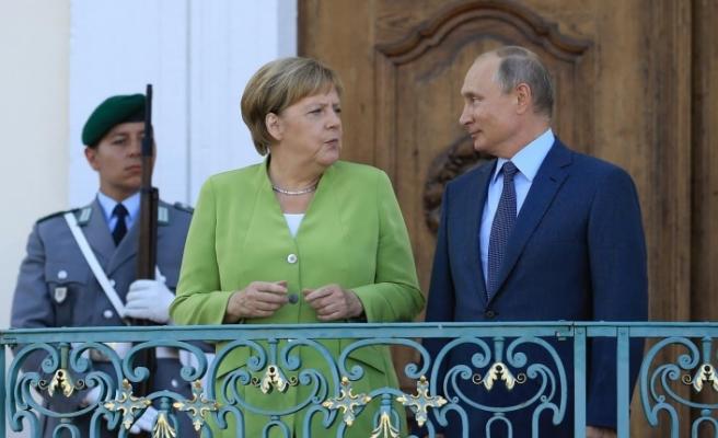 Putin - Merkel görüşmesinin ardından ilk açıklama