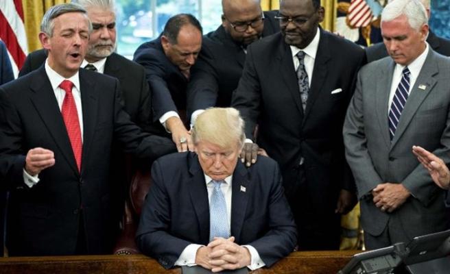 'Trump Evanjelistlerden yardım istedi'