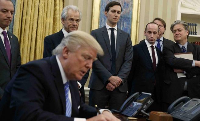 Trump, federal işçilere de 'savaş' ilan etti