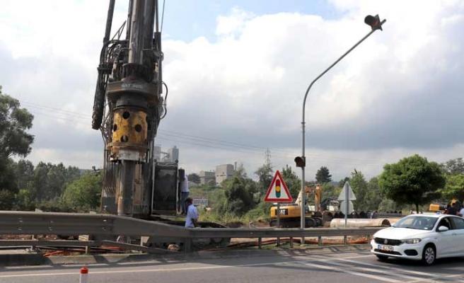Ünye'de selin yıktığı köprü için çalışma başlatıldı