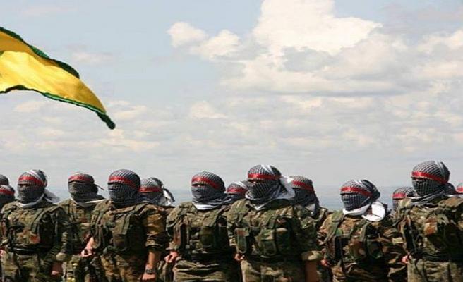 YPG militanı sivillere yardım eden ABD askerini vurmuş