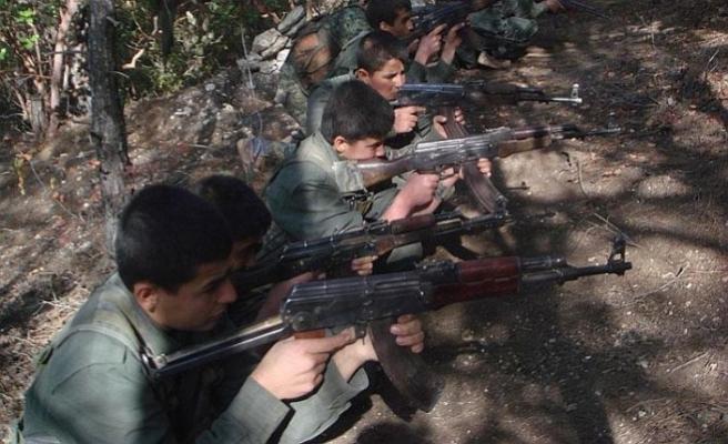 YPG/PKK çocuk savaştırmaya devam ediyor
